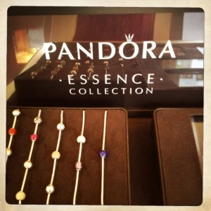 PANDORA ESSENCE THE PERFECT GIFT FOR MOTHER'S DAY