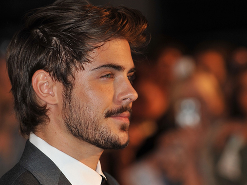 zac-efron-beard-